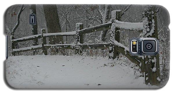 Winter Fence Trail H Galaxy S5 Case
