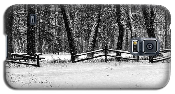 Winter Fences In Black And White  Galaxy S5 Case