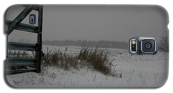 Galaxy S5 Case featuring the photograph Winter Gate by Dylan Punke