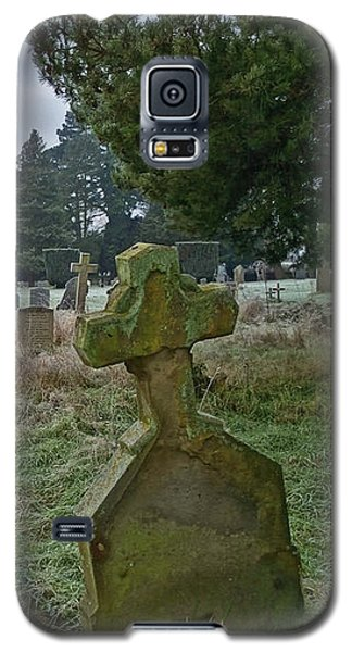Winter Graveyard Galaxy S5 Case by Anne Kotan