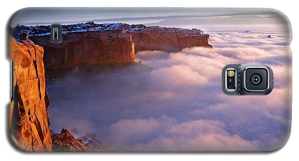 Winter Inversion At Sunrise Galaxy S5 Case