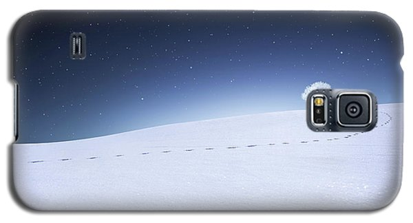 Galaxy S5 Case featuring the photograph Winter Landscape by Bess Hamiti