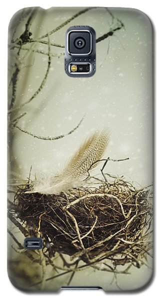 Galaxy S5 Case featuring the photograph Winter Lullaby by Amy Weiss
