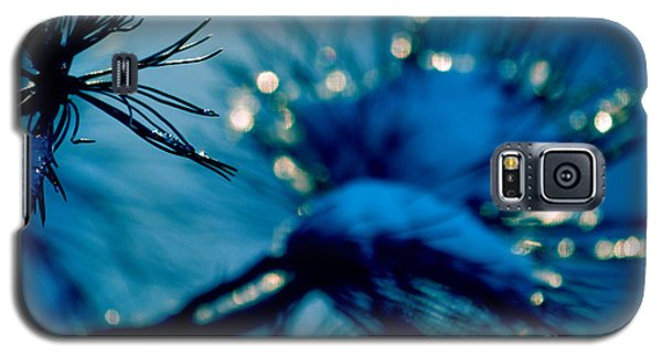 Galaxy S5 Case featuring the photograph Winter Magic by Susanne Van Hulst