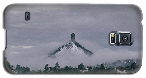 Winter Morning Fog Envelops Chimney Rock Galaxy S5 Case
