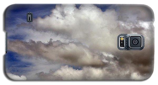 Winter Snow Clouds Galaxy S5 Case