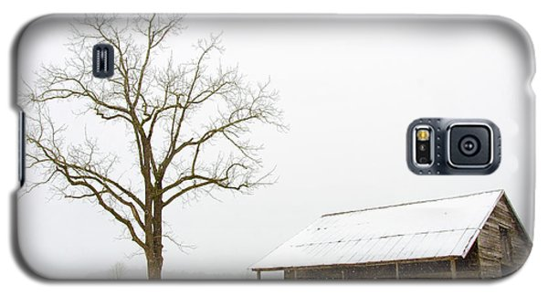 Galaxy S5 Case featuring the photograph Winter Storm On The Farm by George Randy Bass