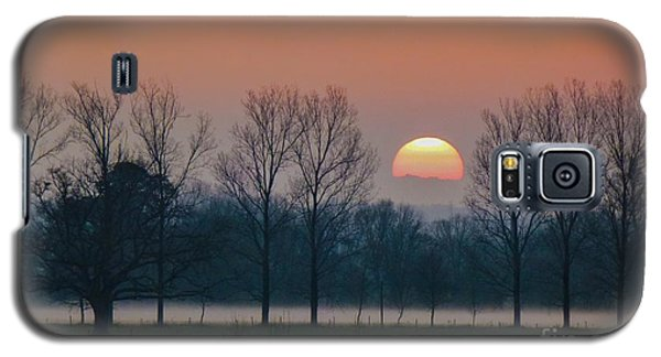 Winter Sunset 1 Galaxy S5 Case by Jean Bernard Roussilhe