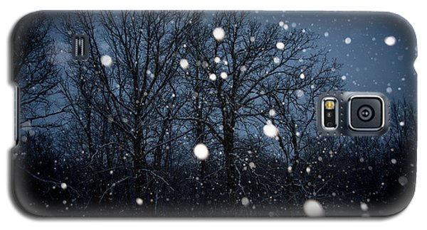 Galaxy S5 Case featuring the photograph Winter Wonder by Annette Berglund