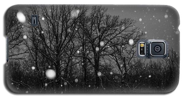Galaxy S5 Case featuring the photograph Winter Wonderland by Annette Berglund