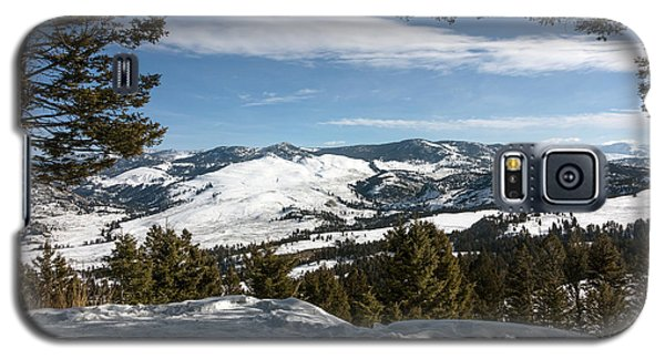 Galaxy S5 Case featuring the photograph Wintertime View From Hellroaring Overlook In Yellowstone National Park by Carol M Highsmith