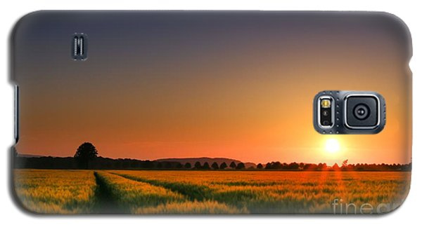 Galaxy S5 Case featuring the photograph Wish You Were Here by Franziskus Pfleghart