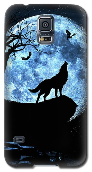 Wolf Howling At Full Moon With Bats Galaxy S5 Case by Justin Kelefas