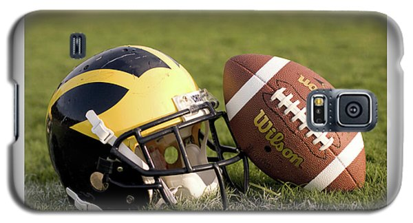Wolverine Helmet With Football On The Field Galaxy S5 Case