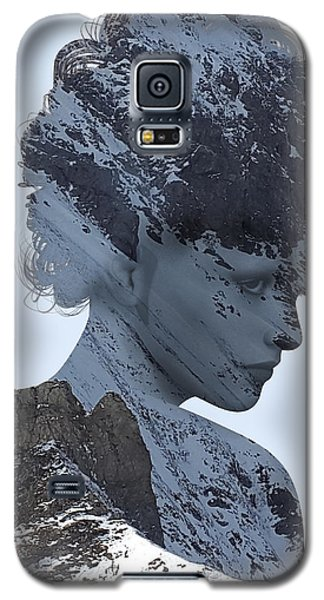 Woman And A Snowy Mountain Galaxy S5 Case