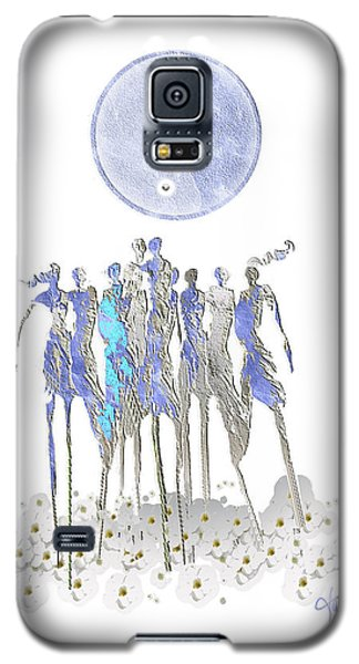 Women Chanting - Full Moon Flower Song Galaxy S5 Case