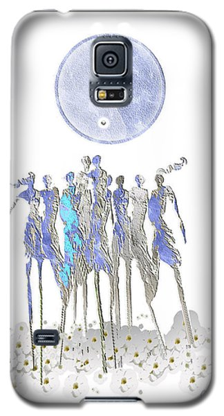 Women Chanting - Full Moon Flower Song Galaxy S5 Case