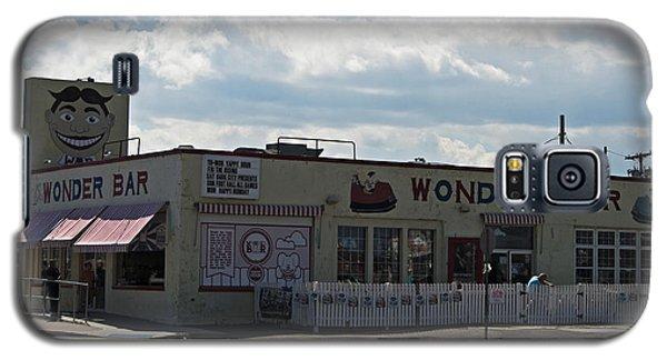 Galaxy S5 Case featuring the photograph Wonder Bar Asbury Park Nj by Elsa Marie Santoro