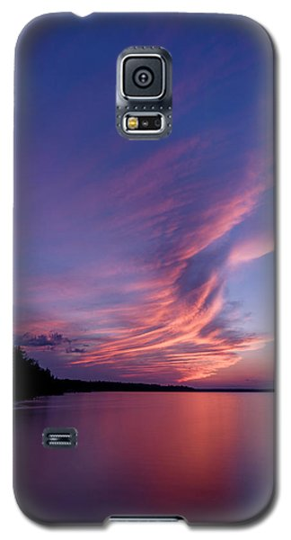 Galaxy S5 Case featuring the photograph Wonderful Skeleton Lake Sunset by Darcy Michaelchuk