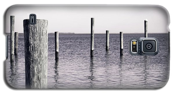 Galaxy S5 Case featuring the photograph Wood Pilings In Monotone by Colleen Kammerer