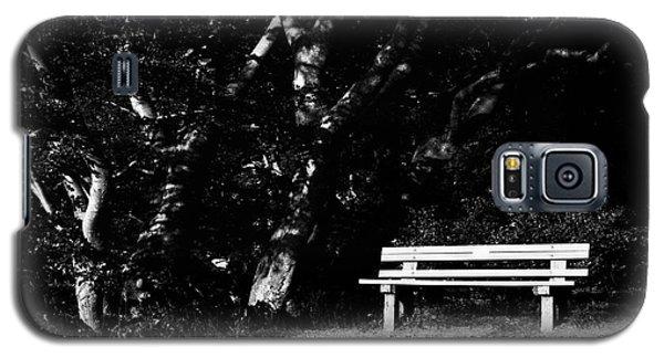 Wooden Bench In B/w Galaxy S5 Case