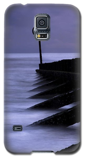 Galaxy S5 Case featuring the photograph Wooden Groynes Of Aberdeen Scotland by Gabor Pozsgai