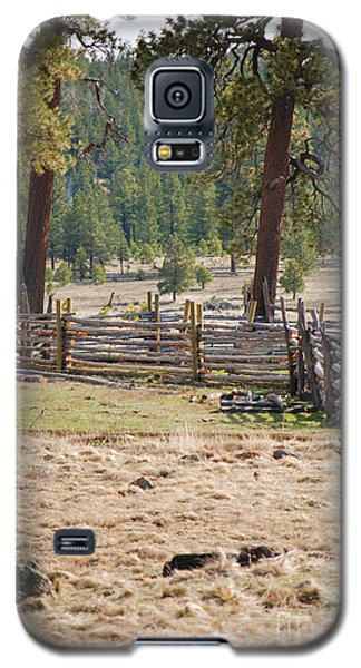 Galaxy S5 Case featuring the photograph Woodland Corral - White Mountains Arizona by Donna Greene