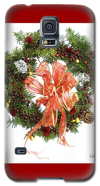Galaxy S5 Case featuring the digital art Wreath With Bow by Lise Winne