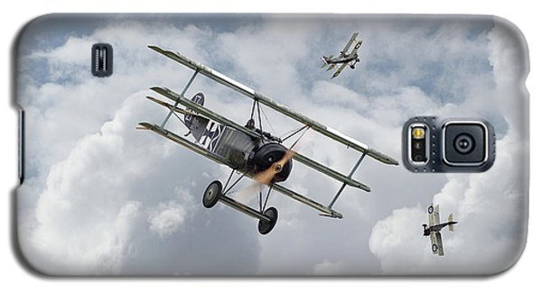 Galaxy S5 Case featuring the photograph Ww1 - Fokker Dr1 - Predator by Pat Speirs