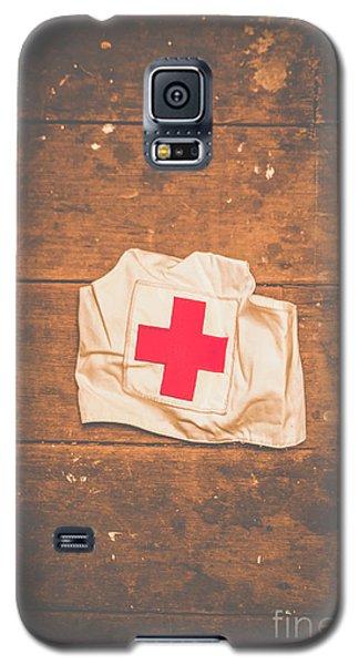 Ww2 Nurse Cap Lying On Wooden Floor Galaxy S5 Case