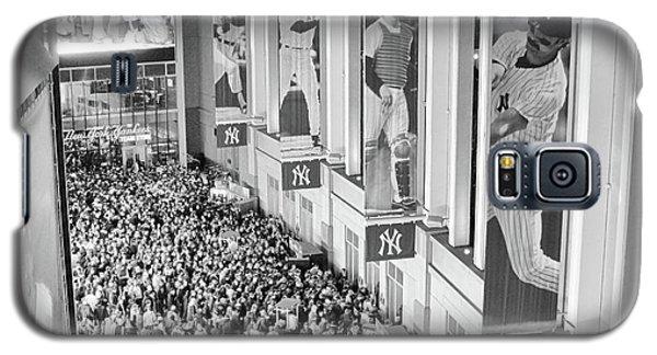 Yankee Stadium Great Hall 2009 World Series Black And White Galaxy S5 Case