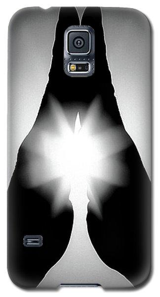 Galaxy S5 Case featuring the photograph Yaoyorozu Inori by Tatsuya Atarashi
