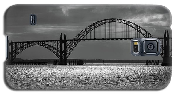 Yaquina Bay Bridge Black And White Galaxy S5 Case by James Eddy