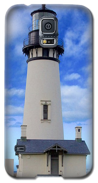 Galaxy S5 Case featuring the photograph Yaquina Head Lighthouse by Todd Kreuter