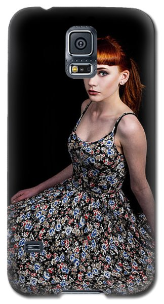 Yasmin Skirt Left Galaxy S5 Case