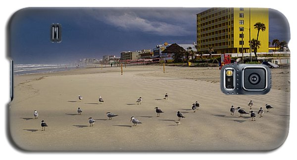 Yellow Hotel Blue Sky And Birds On Daytona Beach Florida Galaxy S5 Case