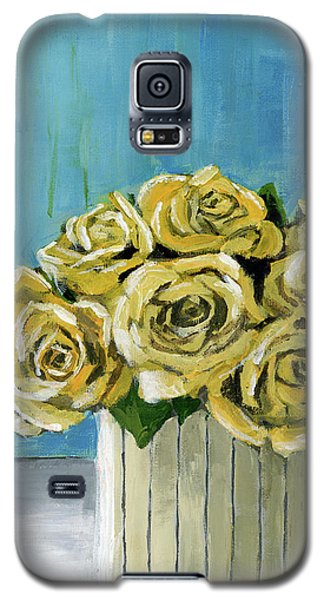 Yellow Roses In Vase Galaxy S5 Case