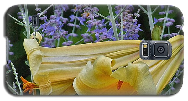 Yellow Trumpets Galaxy S5 Case