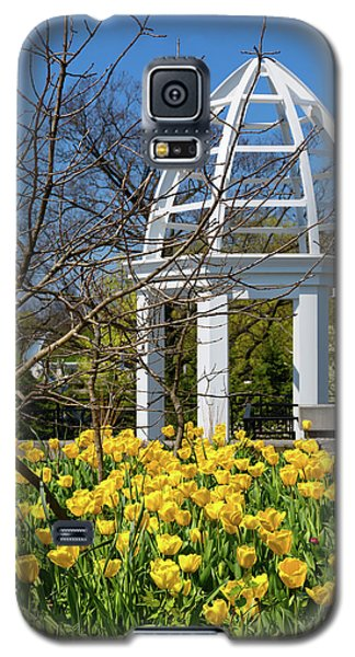 Galaxy S5 Case featuring the photograph Yellow Tulips And Gazebo by Tom Mc Nemar