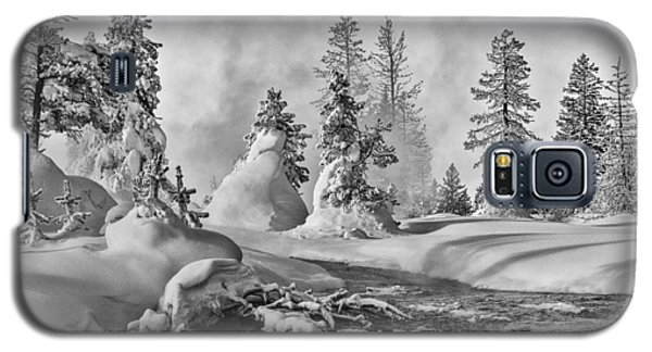 Yellowstone In Winter Galaxy S5 Case by Gary Lengyel