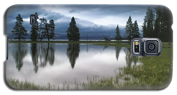 Yellowstone Lake Reflection Galaxy S5 Case