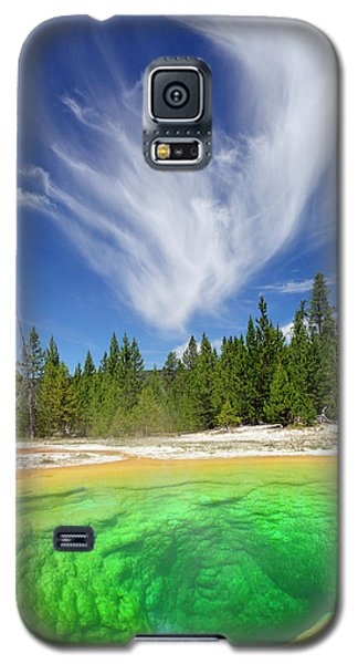 Galaxy S5 Case featuring the photograph Yellowstone's Morning Glory Pool Pool And Awesome Clouds by Bruce Gourley