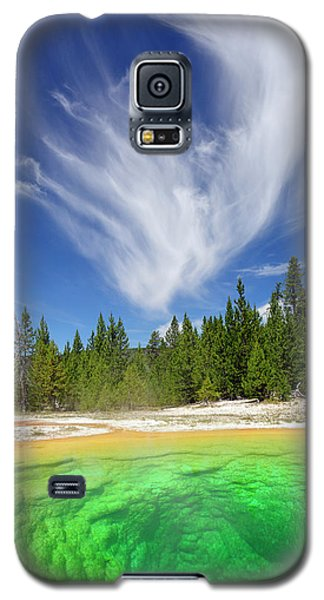 Yellowstone's Morning Glory Pool Pool And Awesome Clouds Galaxy S5 Case