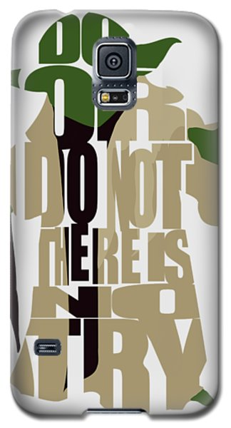 Star Wars Galaxy S5 Case - Yoda - Star Wars by Inspirowl Design