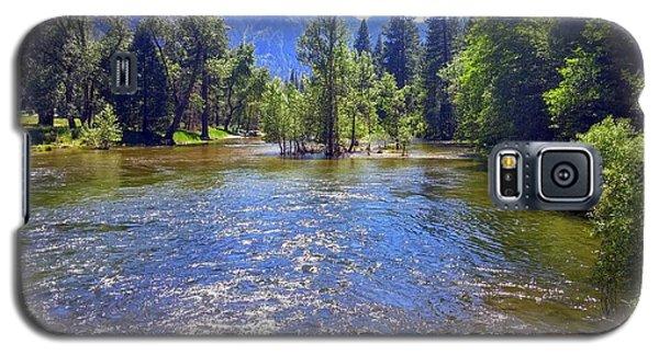 Yosemite River At Ease Galaxy S5 Case