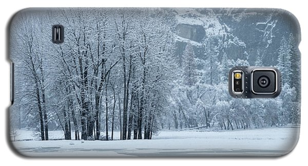 Galaxy S5 Case featuring the photograph Yosemite - A Winter Wonderland by Sandra Bronstein