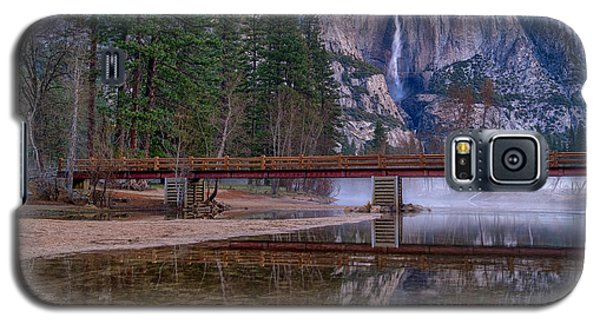 Yosemite Falls At The Swinging Bridge Galaxy S5 Case