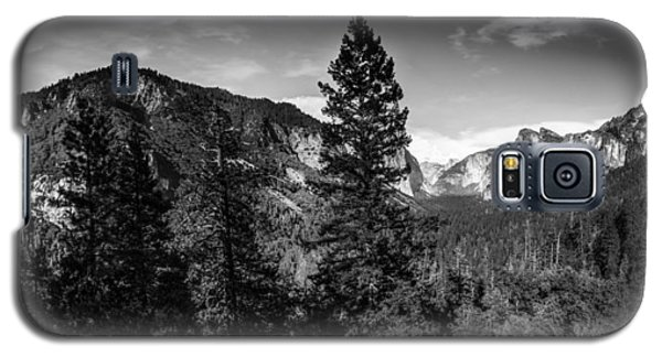 Galaxy S5 Case featuring the photograph Yosemite by Ryan Photography
