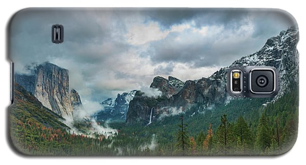 Yosemite Valley Storm Galaxy S5 Case