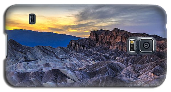 Zabriskie Point Sunset Galaxy S5 Case by Charles Dobbs